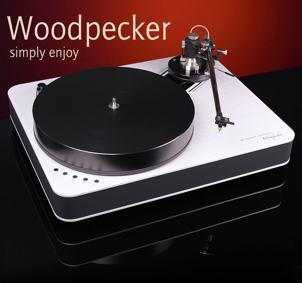 Dr Feickert Turntable - Woodpecker